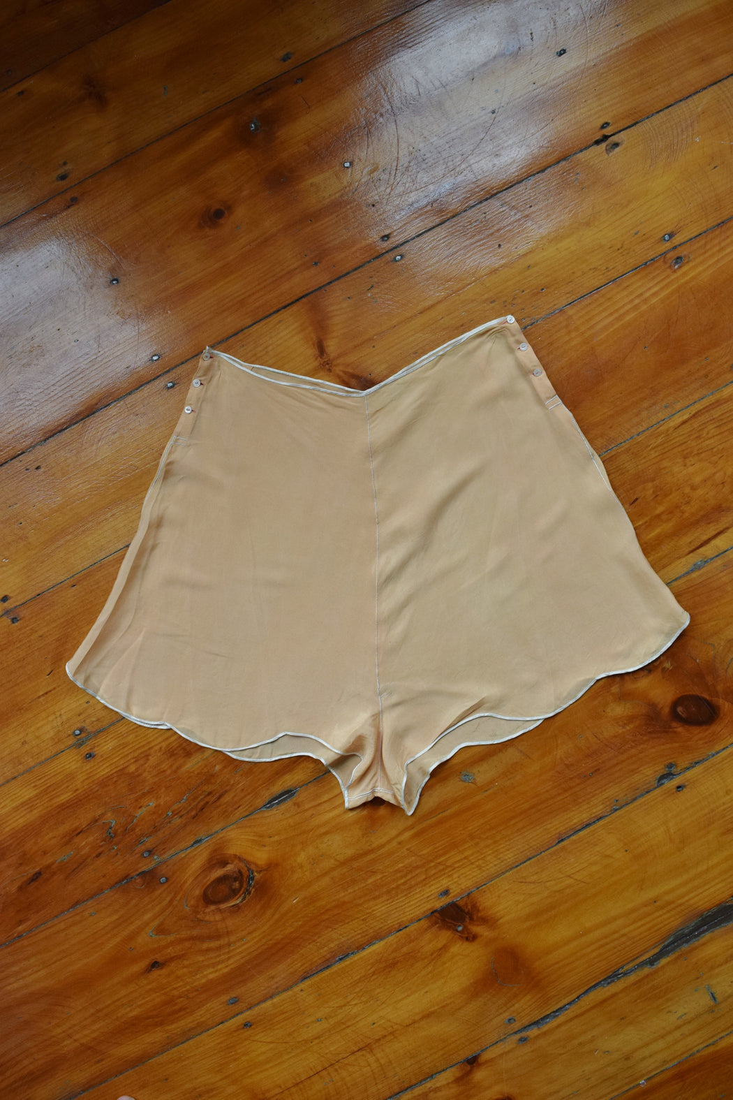 1920s Hand Sewn Silk Tap Pants | Shorts | L