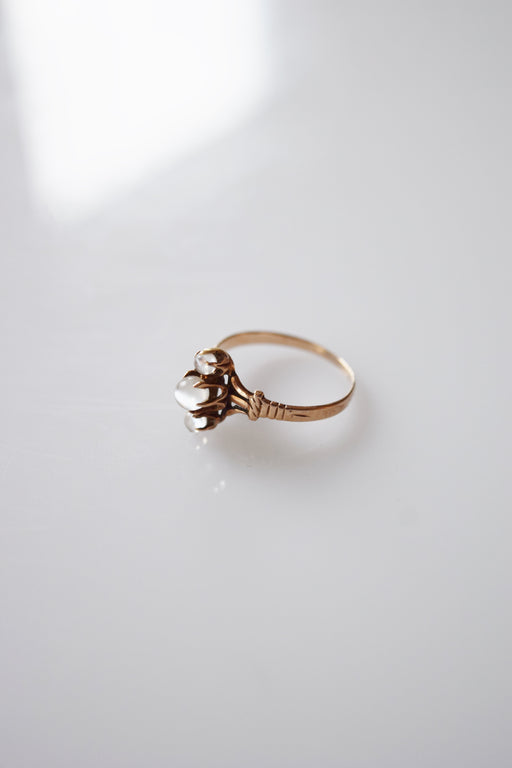 Antique 10k Gold and Moonstone Ring