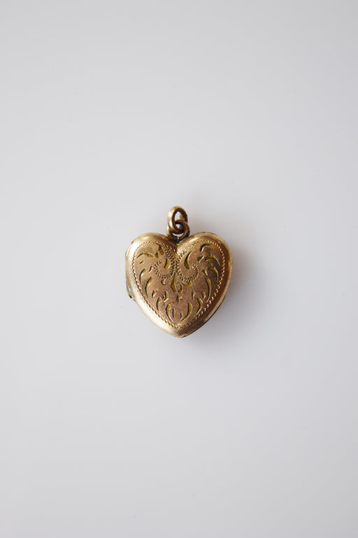 Antique Gold Fill Heart Locket | Scrolled Engraving