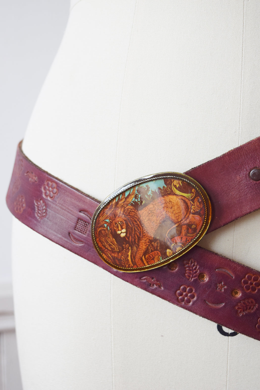 Astrology LEO Embossed Belt | 1970s | 36-42""
