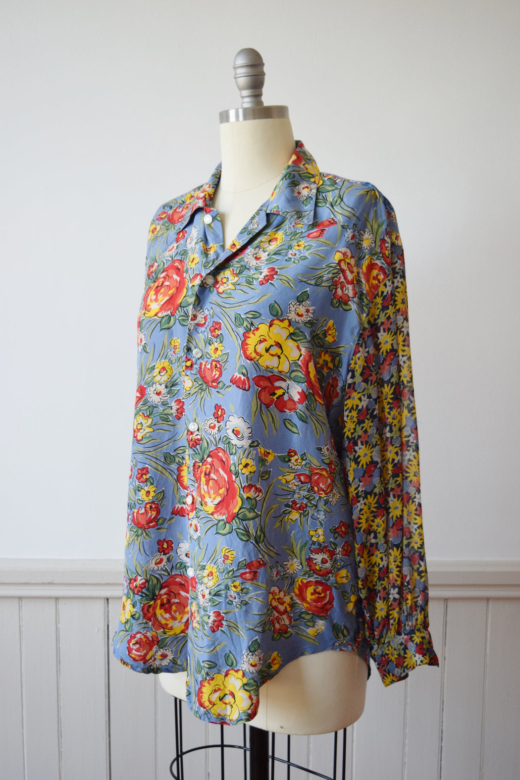 1990s Mixed Floral Print Silk Blouse | M
