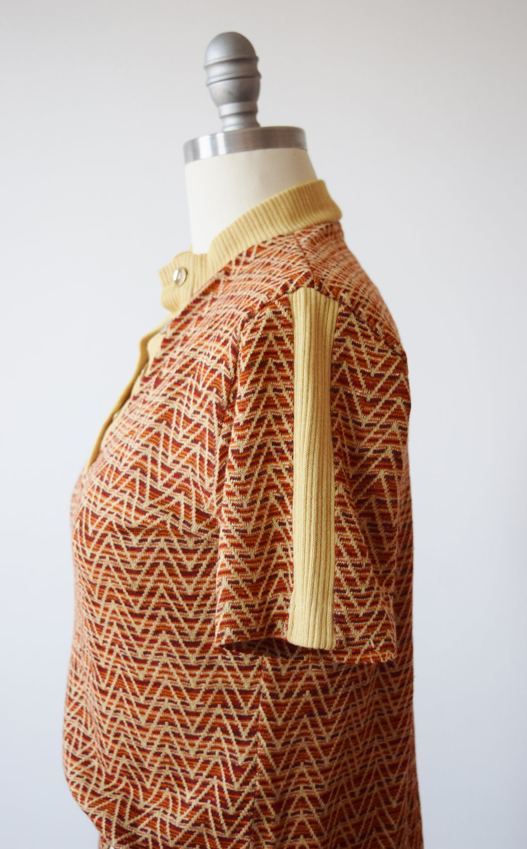 1970s Chevron Knit Shirt | M/L