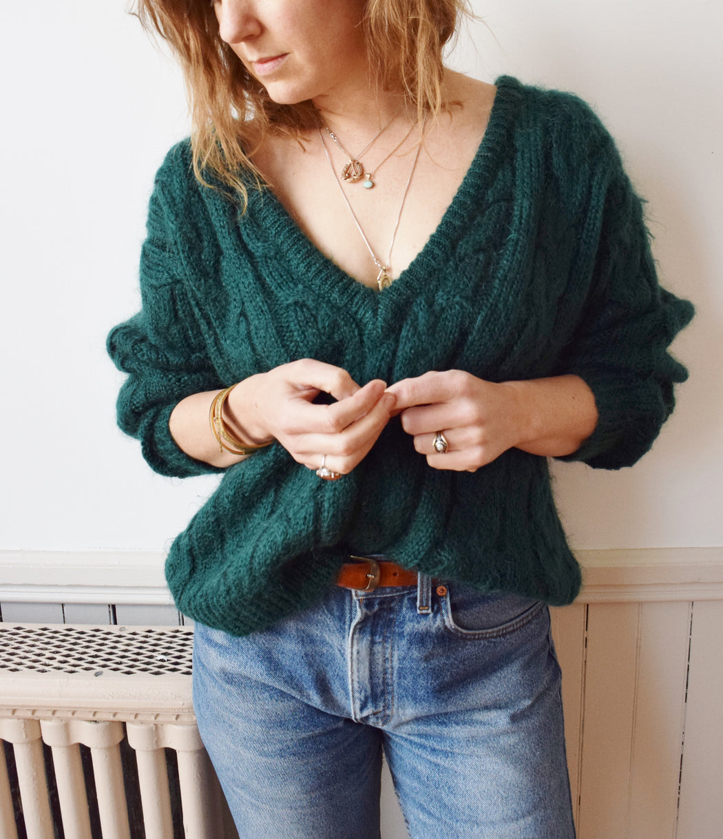 1980s Emerald Green Mohair Sweater | M/L