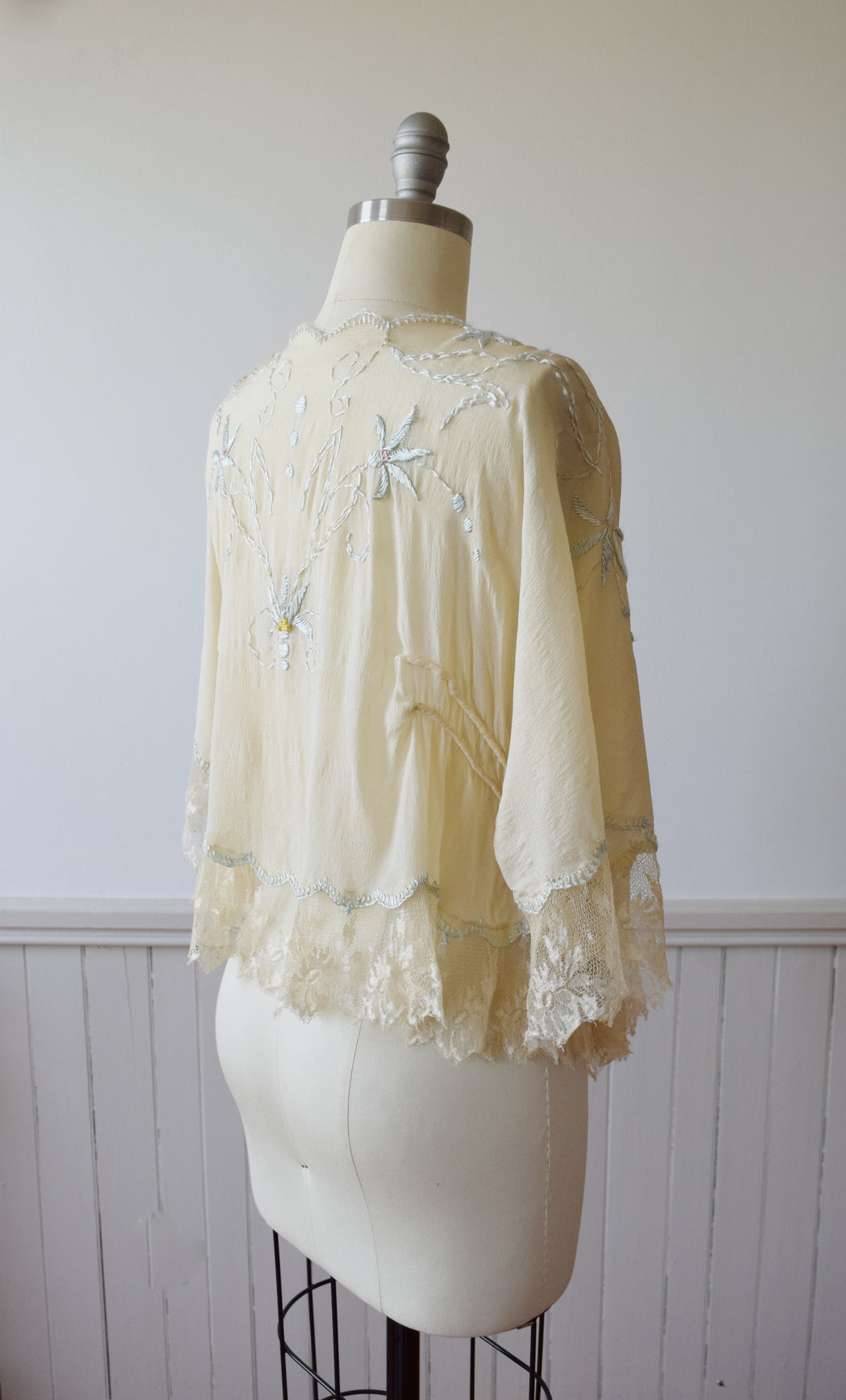 Embroidered Gossamer Silk and Lace Jacket  | 1920s | OS