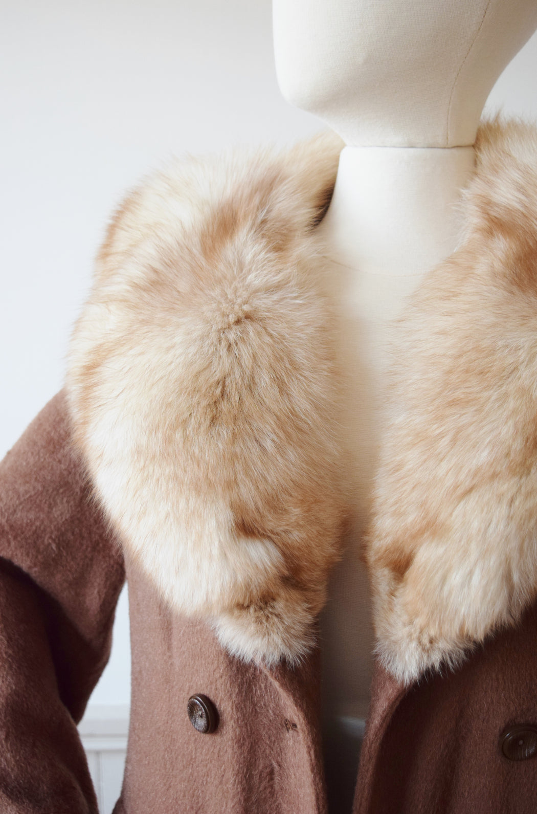Fox Fur Trimmed Mohair Coat | S/M