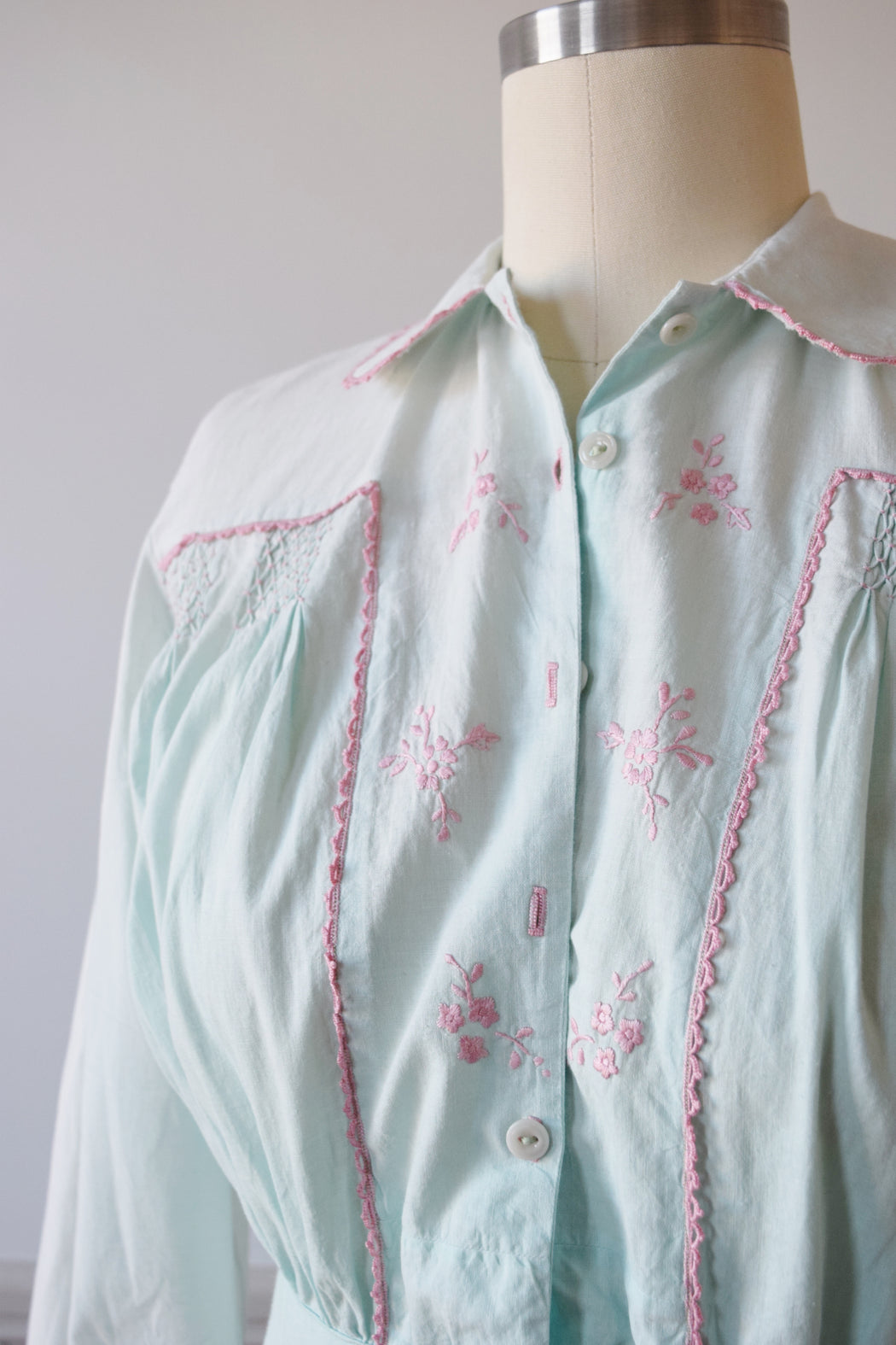Antique Robin's Egg Blue House Dress | S/M-M/L