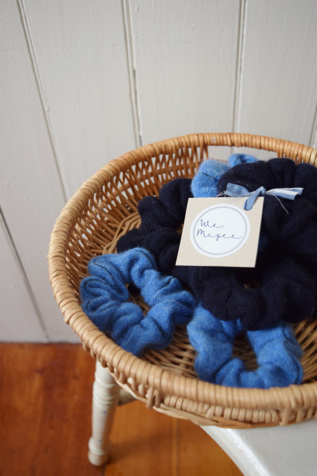 Small Cashmere Scrunchies Set of 2 | Chambray + Navy