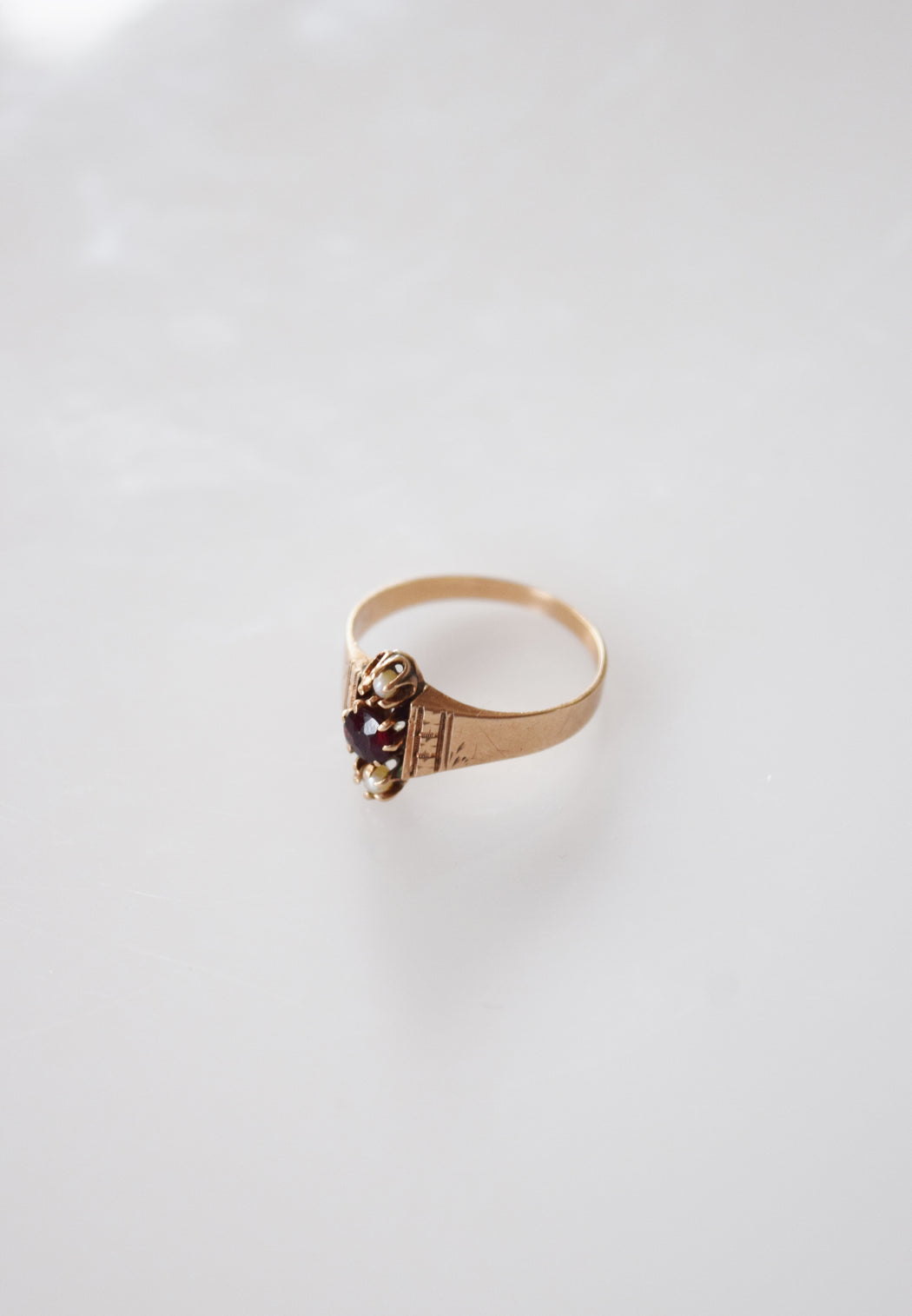 Antique Victorian 10kt Gold, Garnet and Pearl Ring | Sz. 6