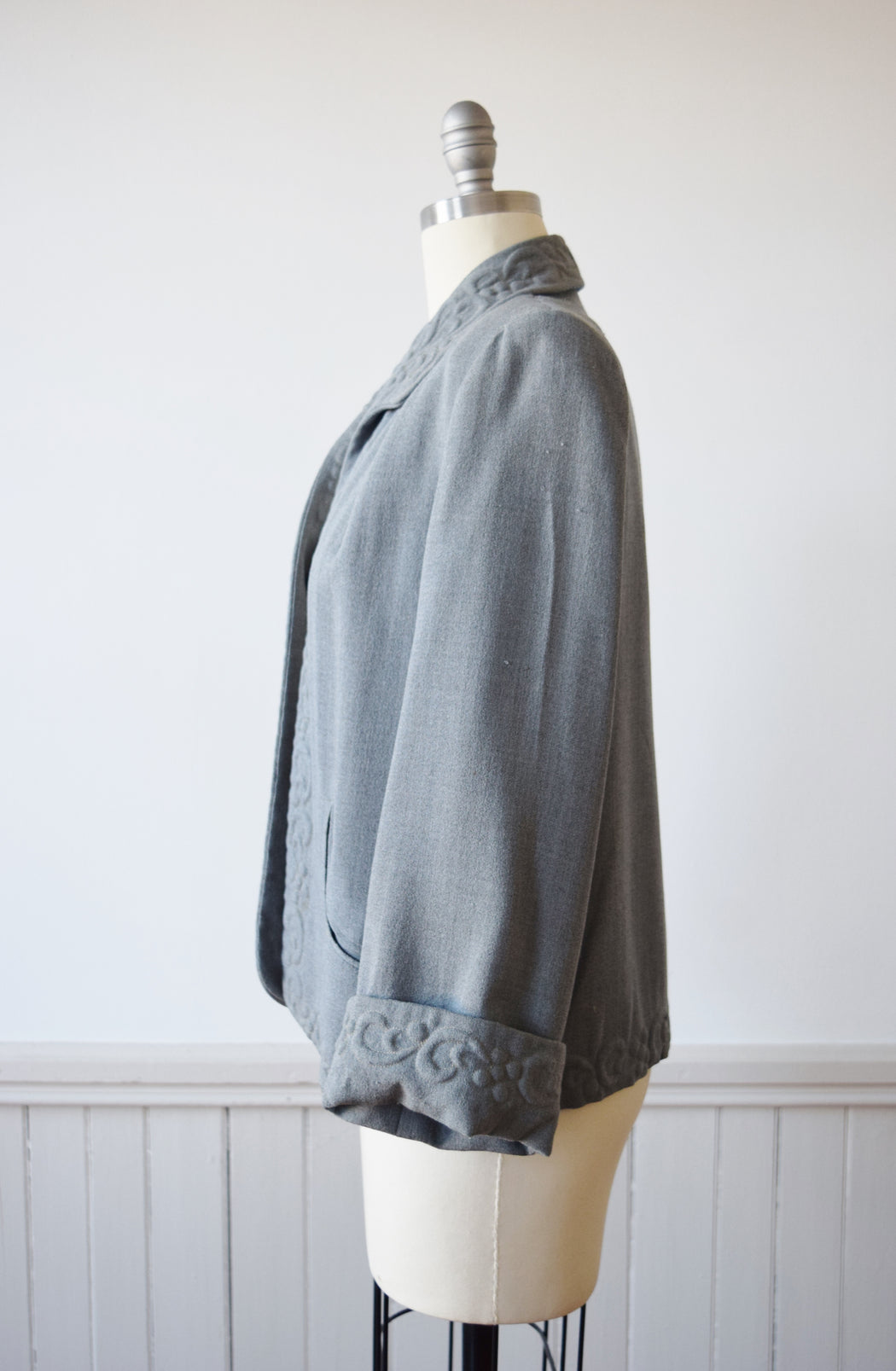 1940s Trapunto Grey Wool Swing Jacket | M