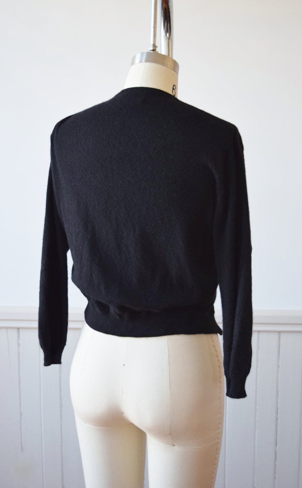 Scottish Black Cashmere Cardigan | 1950s | XS/S