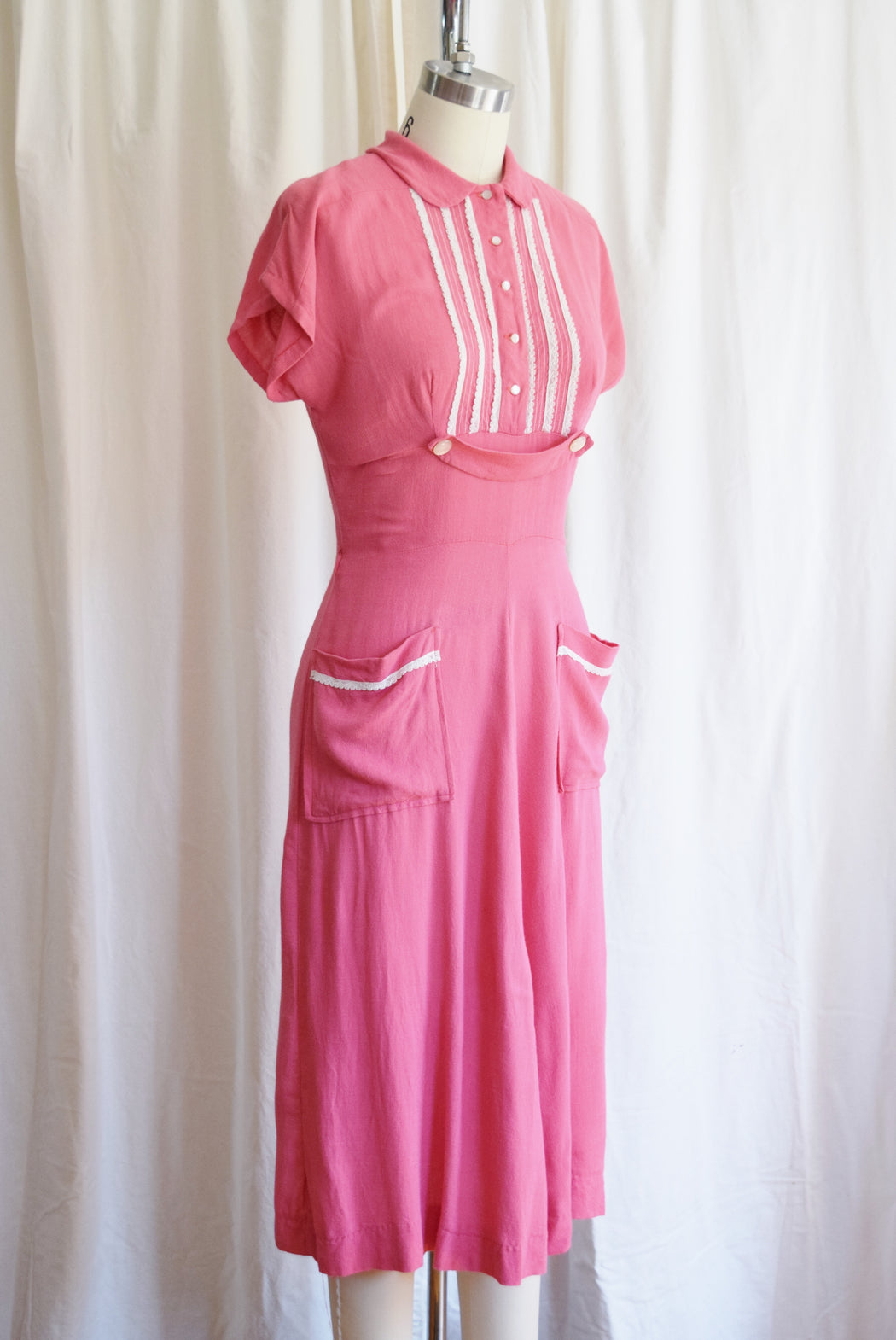 1940s Rosie Pink Rayon Day Dress | Approx. S