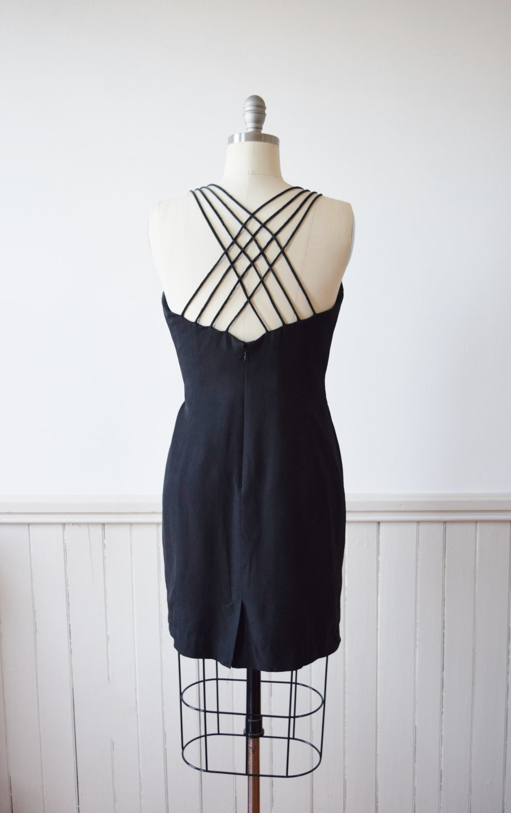 Criss Cross Black Silk Mini Dress | M P