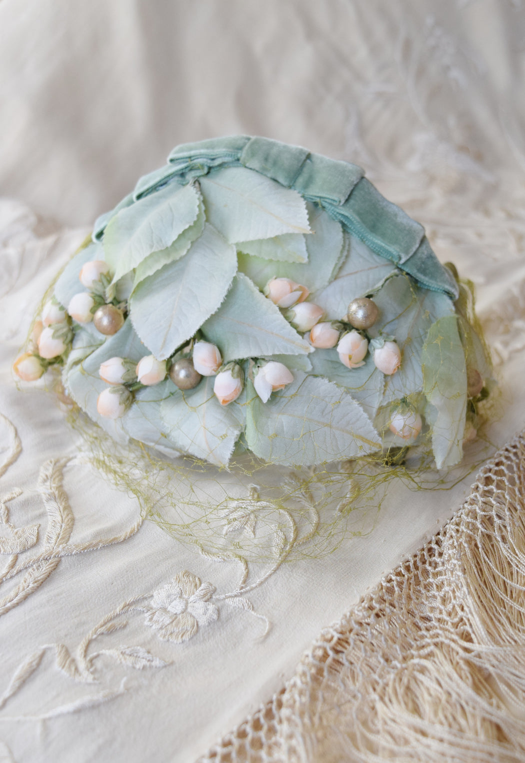 Leaf and Bloom Whimsie Cap | 1950s