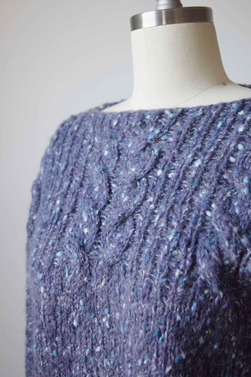 Vintage Hand Knit Lavender Sweater | S/M