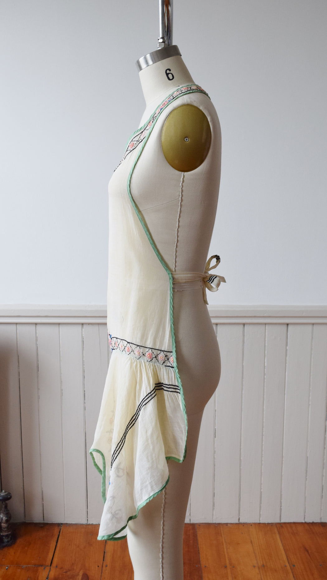 1920s Hand Embroidered Ruffle Apron