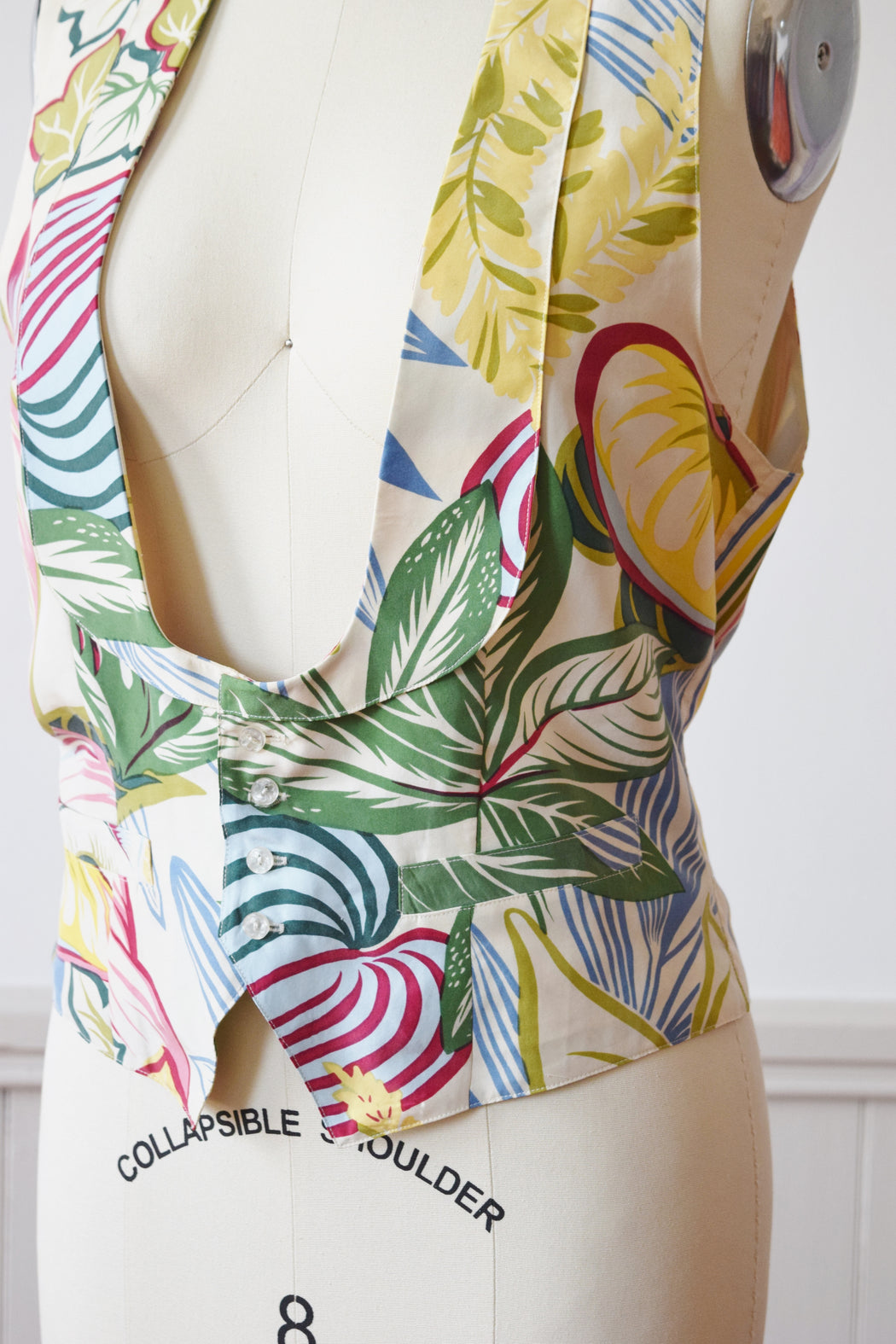 1990s Tropical Print Silk Waistcoat / Vest by Anne Pinkerton | M