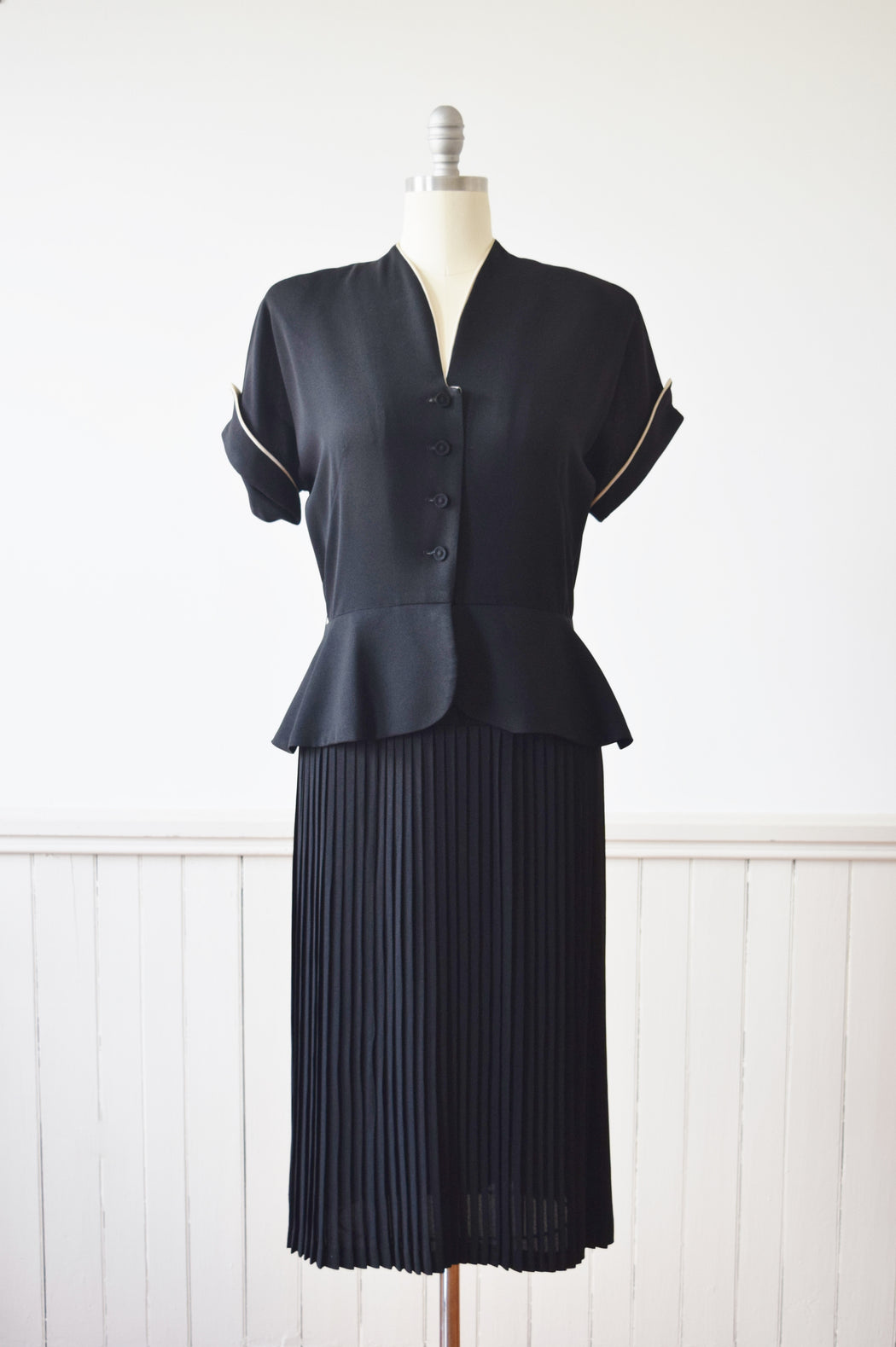 1940s Pleated Black Dress with Peplum Waist | M
