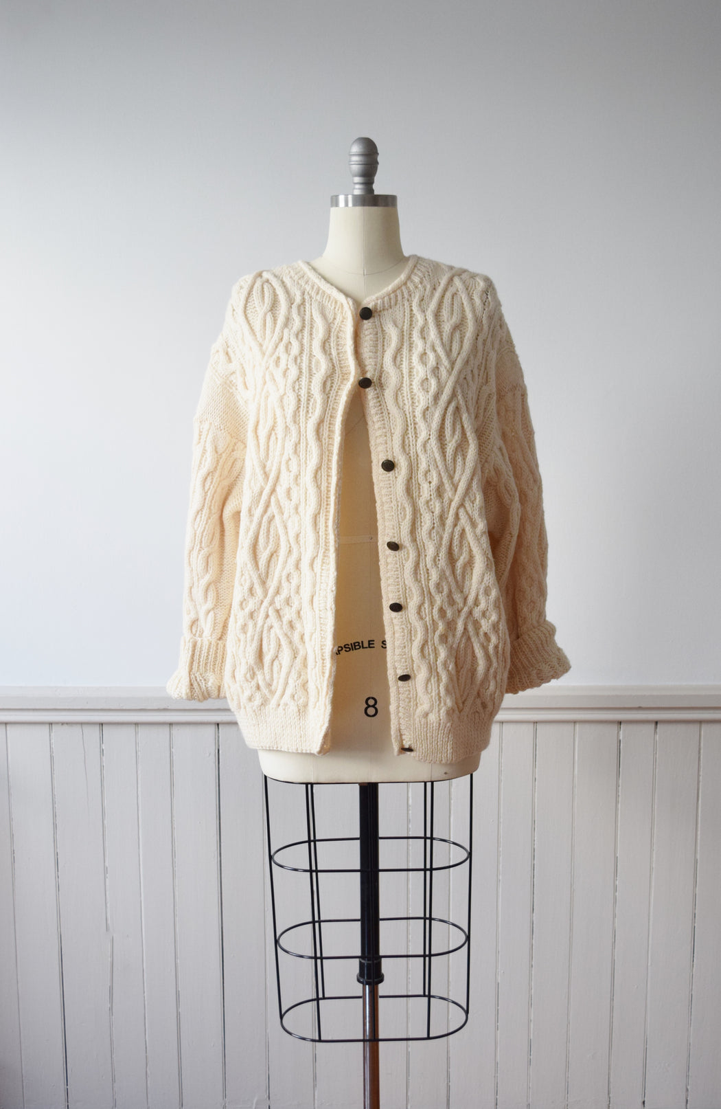 1980s Wool Cable Knit Cardigan | M-L