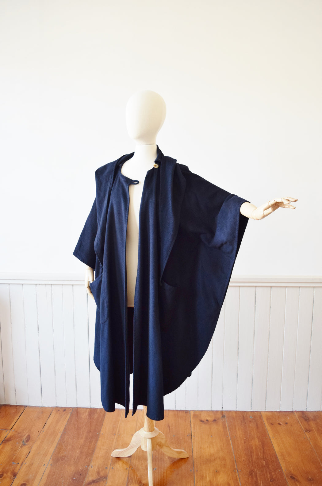 1970s Cashmere/Wool Blend Hooded Cloak | OS