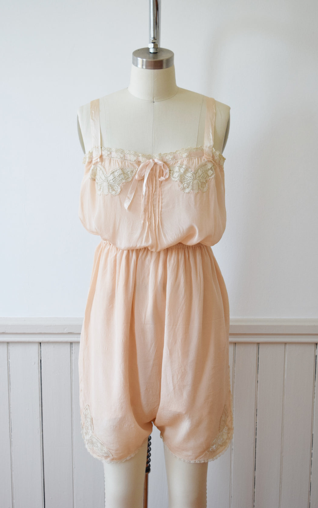 1920s Blush Silk Step-in and Tap Pants Set with Crochet Butterfly Insets