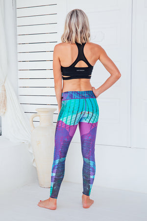 Purple Heaven - Standard waist tights - Back facing