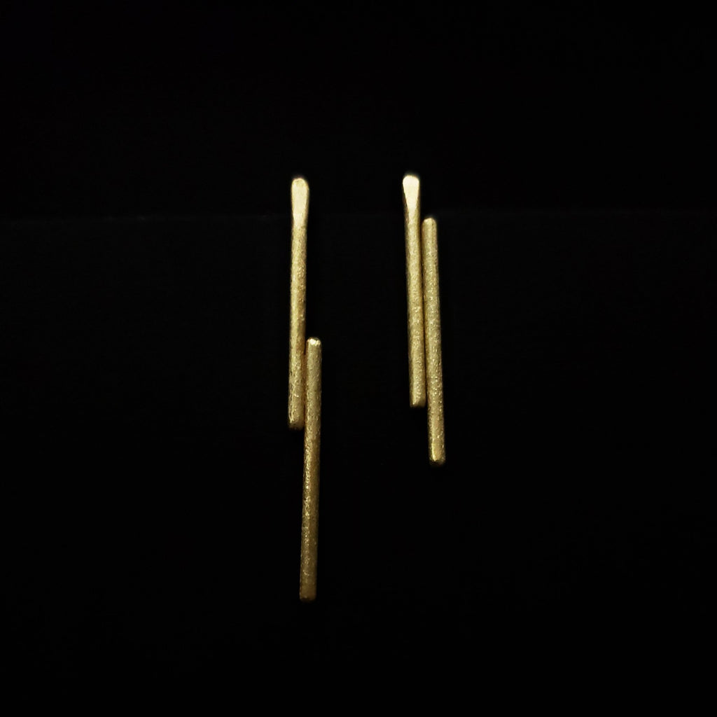 brass stick asymmetric studs earrings