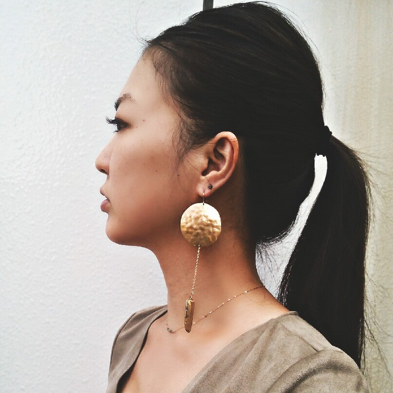 Hammered circle brass earrings