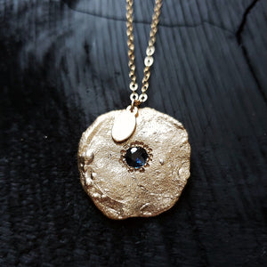 Disc Blue sapphire statement necklace