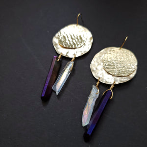 Circle textured brass and quartz earrings