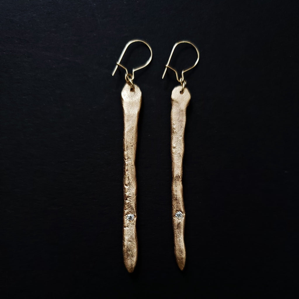 Minimal tears earrings