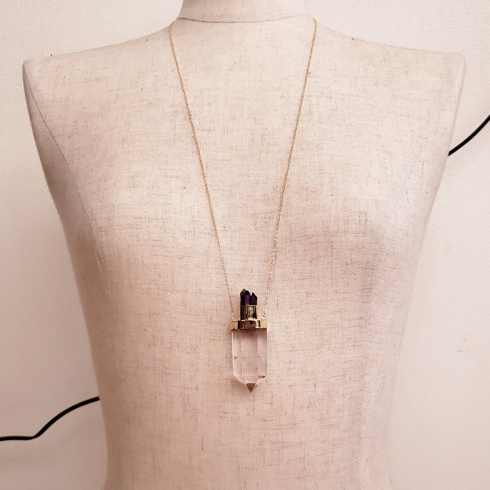 Crystal quartz blue crown necklace