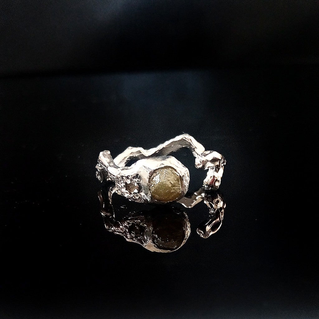 Natural rough diamond with brown diamond curved ring