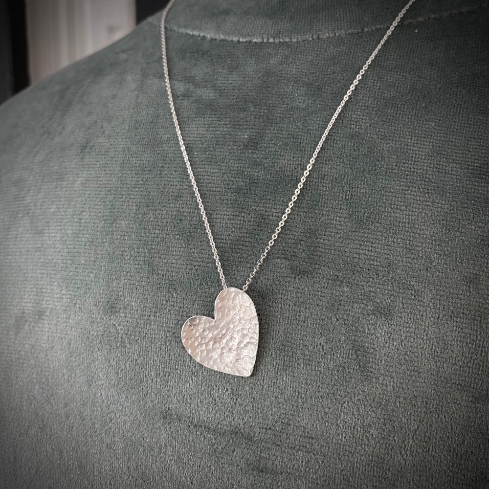 NEW Floating Heart Necklace