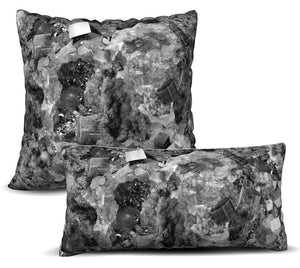 Pedra Preciosa - Preto Pillow Cover