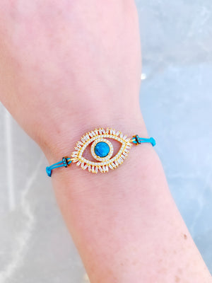 Eye w. Lashes Macrame Bracelet