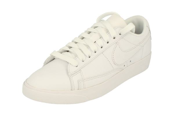 Nike Womens Blazer Low Le Trainers Aa3961  104 - White White White 104 - Photo 0
