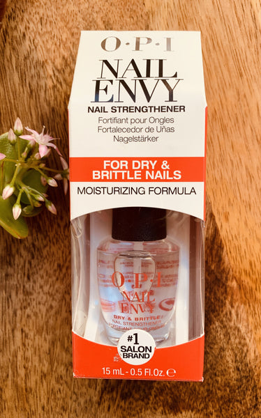 OPI Nail Envy Nail Strengthener for Dry & Brittle Nails 15mL