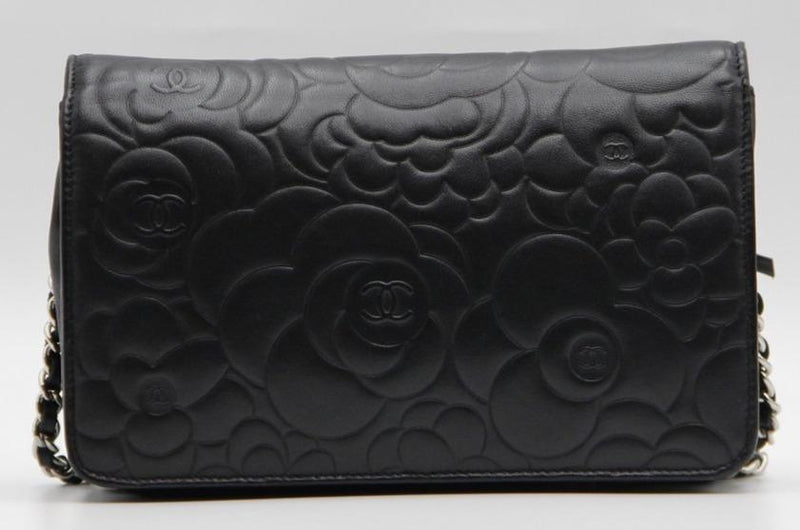 Attic House CHANEL BLACK CAMELLIA WALLET ON CHAIN AHC-4924-CHA