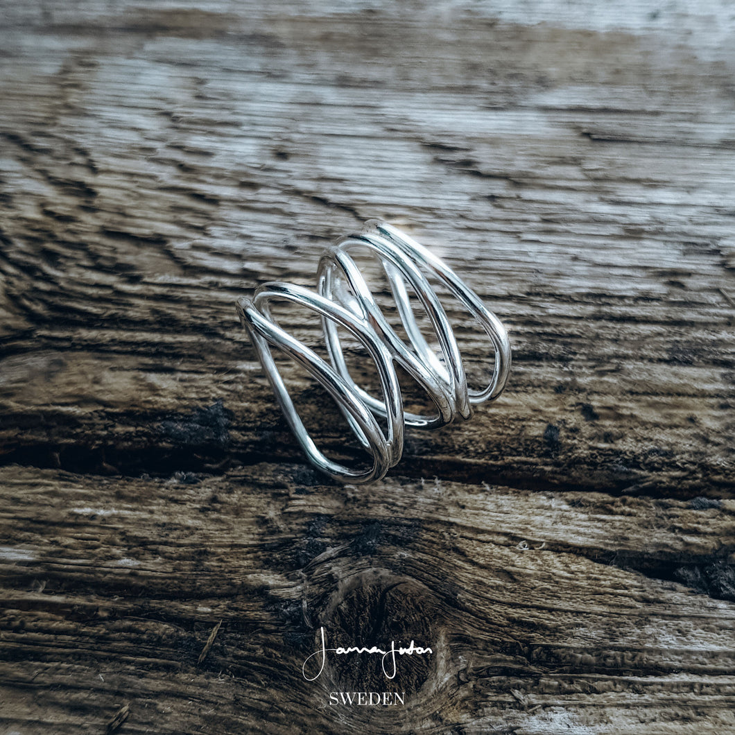 Perfect Imperfect - 5 band ring