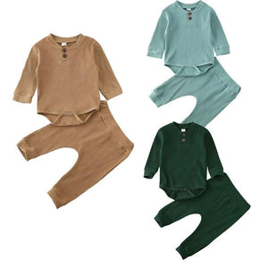 Felix Neutral Clothing Set