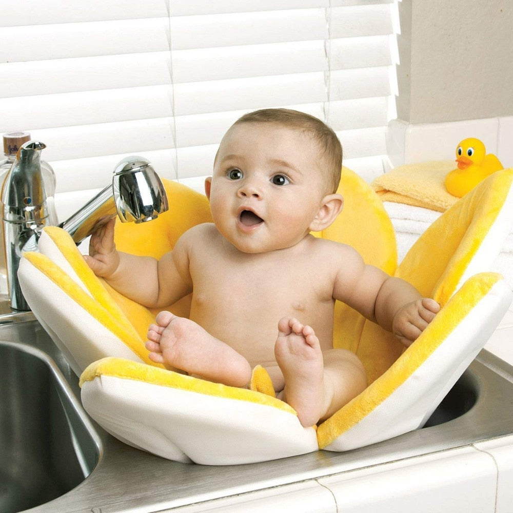 Baby Blooming Bath by Olly&Owl