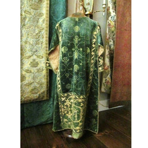 Spanish 16th C. Silk Velvet Dalmatic with Appliquéd Apparel of Silk/Gilt Threads