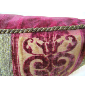 Pair of Pillows of Italian 18th Century Crimson Cut Silk Velvet