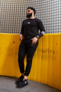 Power Cuff T-Shirt in Bold Black