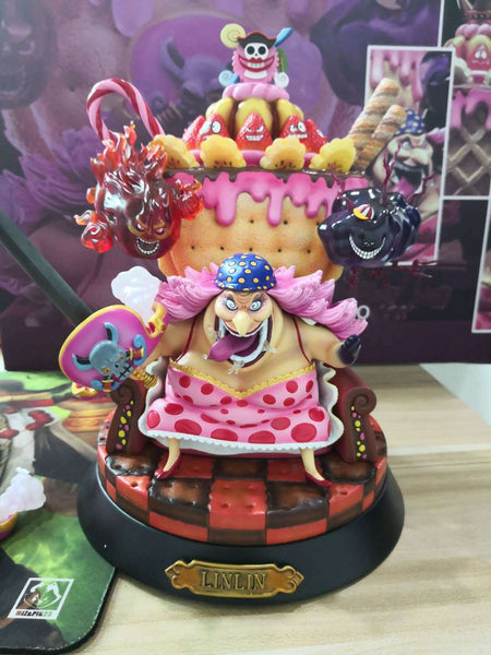 Charlotte Linlin Big Mom - One Piece Action Figure - Anime Printed