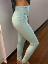 Load image into Gallery viewer, Essential Sweetheart Highwaist Leggings-Mint