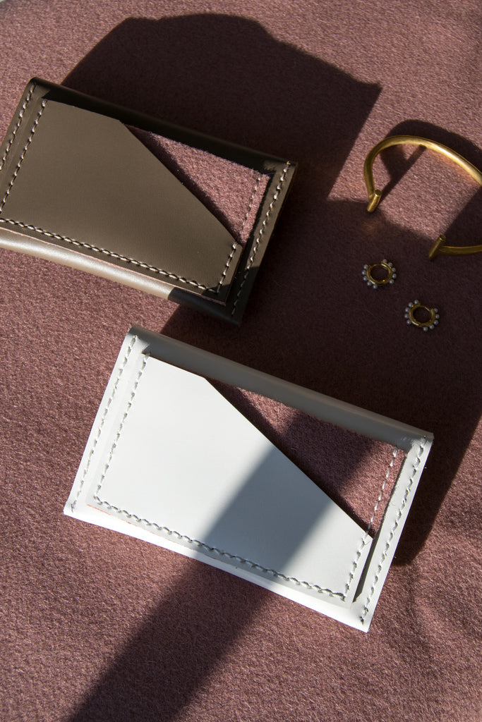 Taupe and white card holders with dusty rose wool