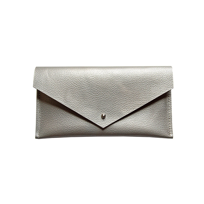 Clutch Wallet in Pearl