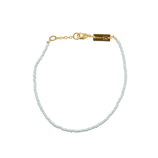 Bracelet with small beads