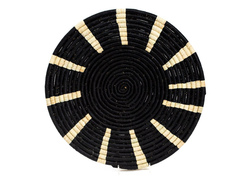 Raffia Tiled Black Plate Medium